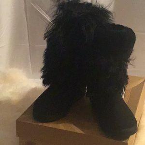 UGG Cuff Boot